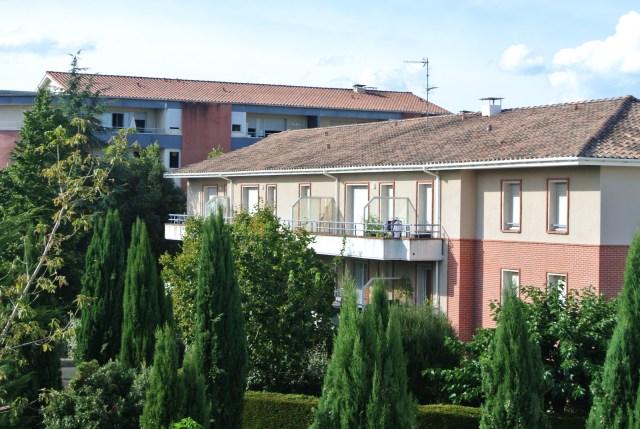 フランスの家にはクーラーがほとんどない!? 40℃近い日もあるのに…暑いときはどうするの?
