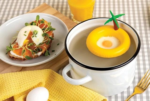 放っておくだけで簡単に卵料理を作れちゃう「エッグランド」にキュン♡ 卵が浮き輪にプカプカ浮いているみたいでかわいいよ
