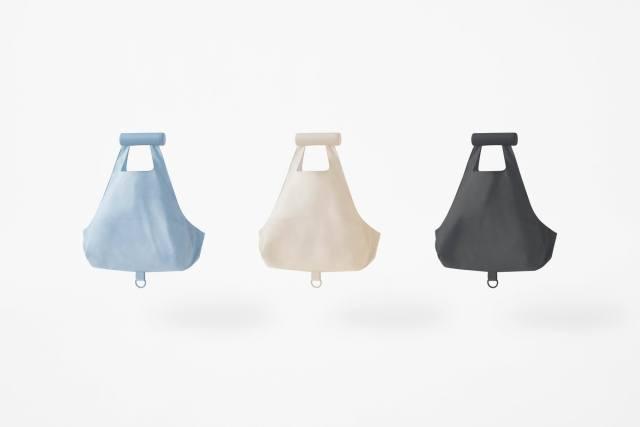 ローソンの畳まなくていい「巻取りエコバッグ」が画期的! ハンモック式の「2層型エコバッグ」もあってユニークな工夫が満載です