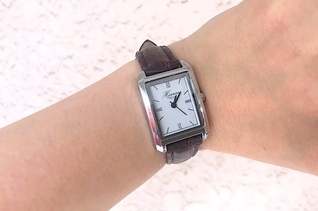 『大人のおしゃれ手帖 10月号』の付録は高級感あふれる「Harrissの腕時計」! オシャレでスマートなビジュアルだけど使い心地はいかに…!?