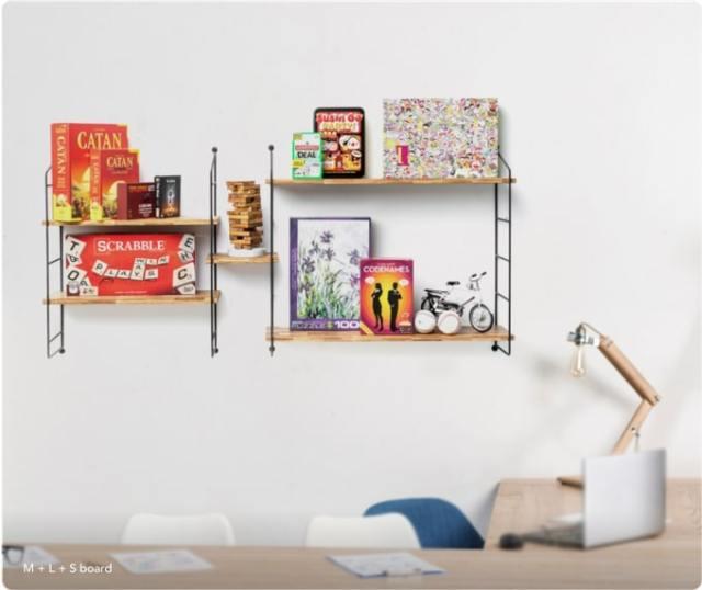 スタイリッシュな棚の正体は…4276本の割り箸! 壁に飾るだけで部屋がオシャレになる「エコな棚」を発見♪