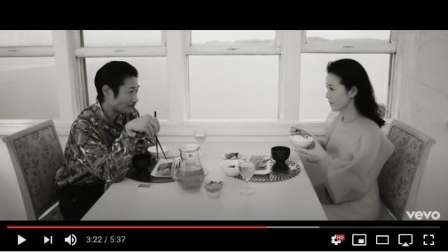 戸次重幸が出演する坂本冬美『ブッダのように私は死んだ』MVが凄まじい…「サスペンス劇場」並の愛憎劇を繰り広げてます