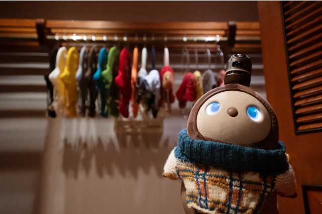 「LOVOT(らぼっと)」とお泊りできるプランがウェスティンホテル東京に登場♪ 今年のクリスマスはLOVOTといっしょに過ごそう