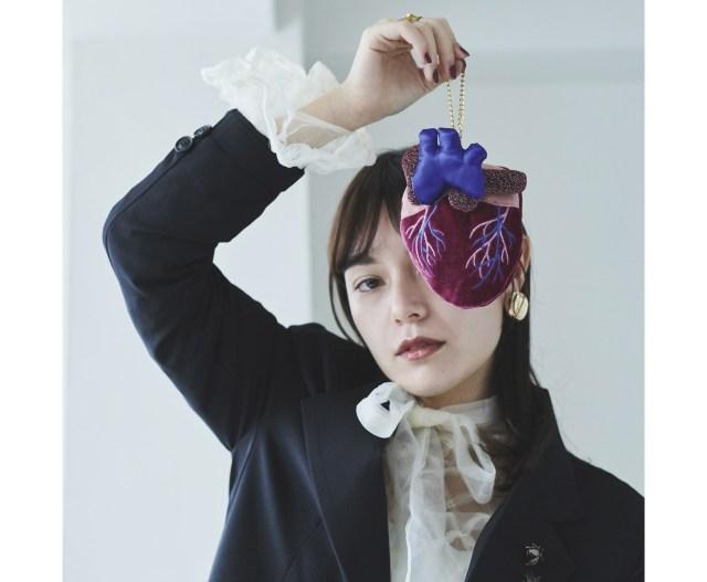 心臓や脳がモチーフのポーチ&バッグが毒っ気強めのかわいさ♪ 増田セバスチャンの手にかかれば臓器だってこんなにカワイイ!