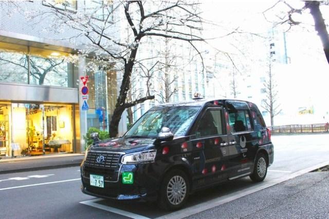 今年はタクシーでお花見を楽しんじゃお♪ 桜の名所をめぐる「お花見タクシー」が期間限定で予約受付中だよ〜