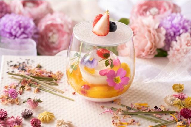 ロマンチックなお花を使ったスイーツがいっぱい♡  アニヴェルセルみなとみらいの春のフェアにうっとり