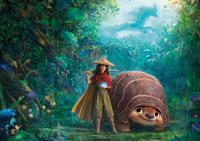 """ディズニー映画『ラーヤと龍の王国』は""""分断された世界""""を救う物語 / 人を信じられなくなったヒロインの成長にも注目"""