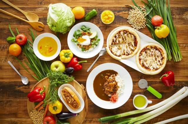 イケアのレストランに「肉じゃない牛カレー」が登場!? プラントベースフードを楽しめるフェア開催中です