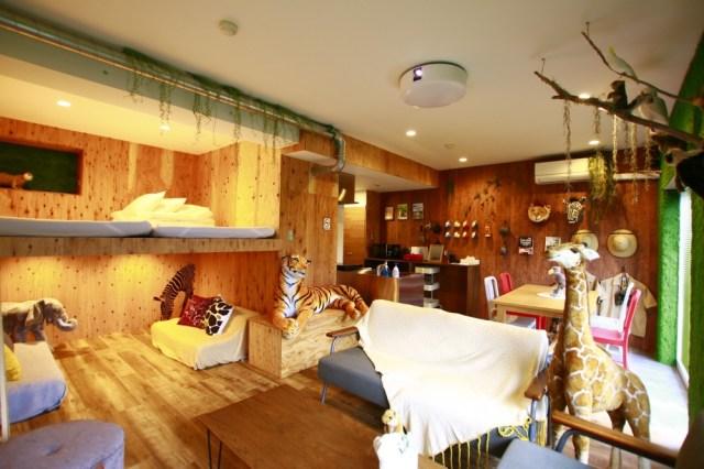 動物たちに囲まれながらサファリ気分のお泊り会! 静岡に誕生したコンセプトルームが楽しそう