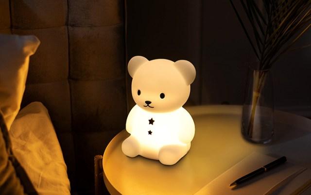 「こぐまのおやすみライト」はぬいぐるみにもなるLEDライト! シリコン製で触り心地もやわらかなんです♡