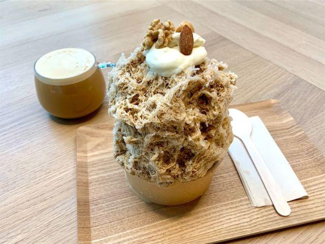 【レポ】ブルーボトルコーヒーの期間限定「かき氷」が絶品! ナッツやオレンジピールの入ったこだわりが凄かった…