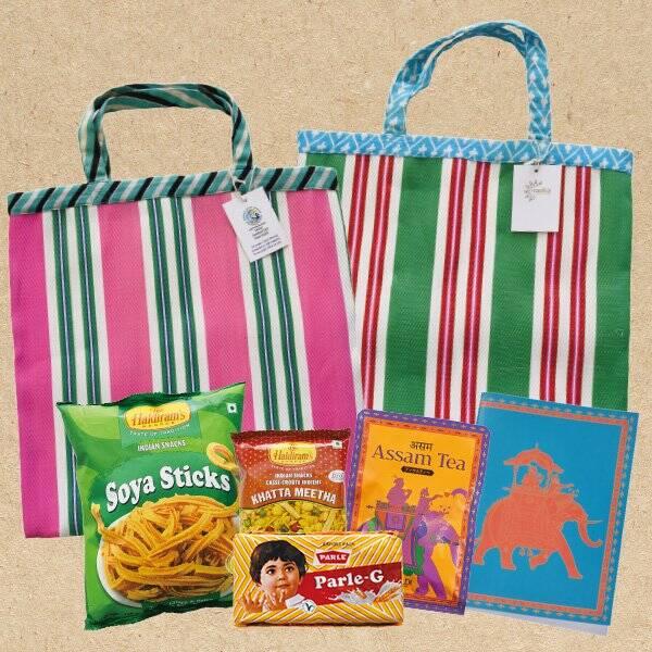 カルディに「インド」がテーマのバッグが登場! 本格インドカレーを作れるスパイスセットなど夏を感じるラインナップだよ♪