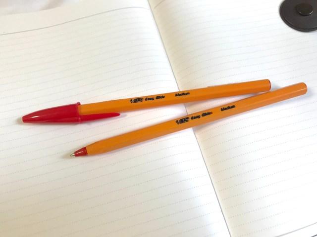 超定番品「BICのオレンジのボールペン」が廃盤に…ネットには悲しみの声&思い出を語る声が続々集まっています