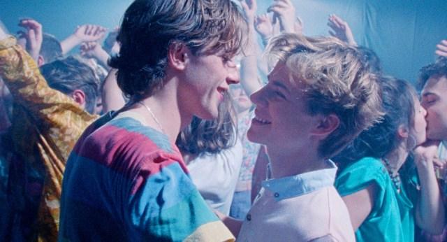 映画『Summer of 85』から名曲「Sailing」に酔いしれる85秒のダンスクリップが公開! 監督「ダンスシーンこそ映画のコア」
