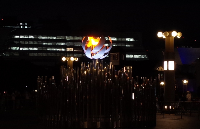 東京2020オリンピックの閉会式は8月8日20時から / コンセプトは「Worlds we share」です