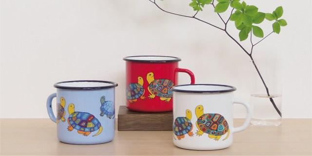 亀の子束子(たわし)のマグカップの可愛さよ…「スマルタン×亀の子束子 琺瑯マグカップ」が即完の予感です