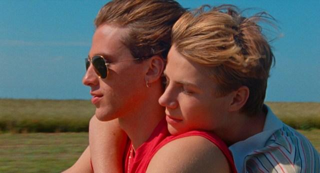 美少年たちの激しいひと夏の恋を描いた『Summer of 85』/ 一筋縄ではいかないミステリアスな展開に胸がざわめく…