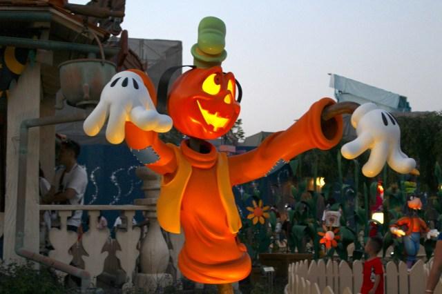 【5日間限定】開園前のディズニーハロウィンを楽しめる「ハロウィーンモーニング・パスポート」が登場! なんとフル仮装OKです!