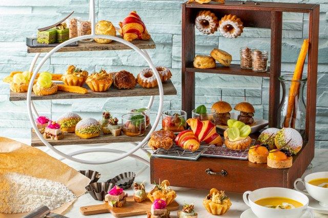 ヒルトン東京でパン主役のアフタヌーンティーを開催! 「いろんなパンを1度に何種類も食べたい」を実現してくれます