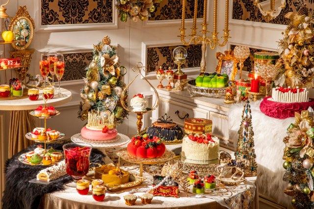 ヒルトン東京2021クリスマスビュッフェ「King & Queenのクリスマス」が開催! 煌びやかな空間で女王陛下気分を味わっちゃお♪
