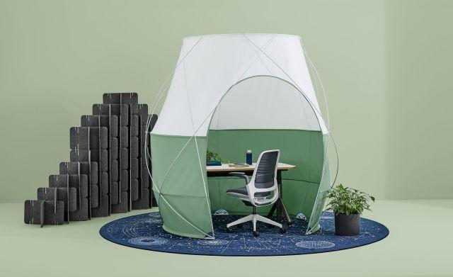これぞニューノーマル! オフィスに置ける室内用テントは「視覚的な邪魔」を防いで集中力アップ